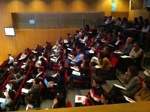 B·Debate busca l'impuls i l'intercanvi obert d'idees entre experts de prestigi nacional i internacional.